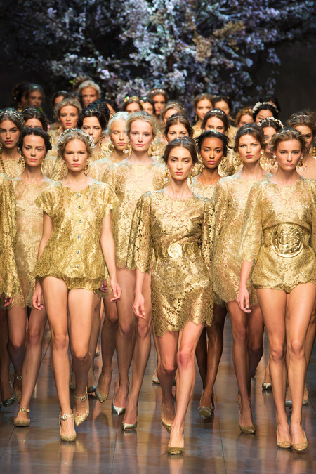 gold holiday trends