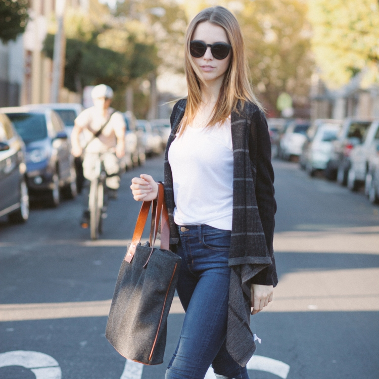 Casual Work Outfit Ideas - Perfect Outfits for Moms from LE TOTE