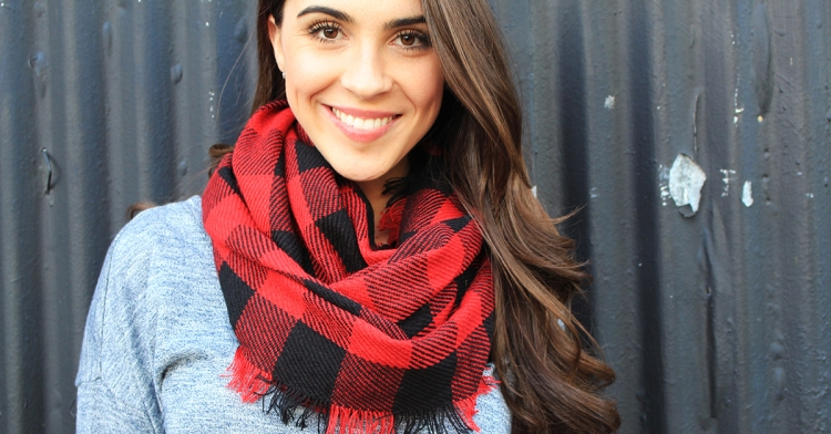 Subscription Box LE TOTE Steve Madden Scarf