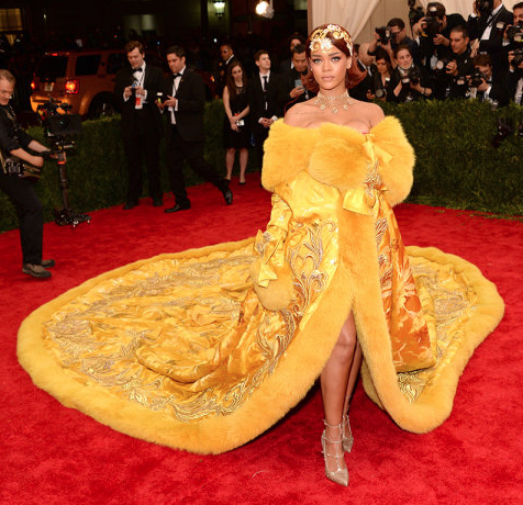 Rihanna will take any opportunity to shock and amaze with her dress— and we love her for it. The fashion icon fittingly wore a cape by Chinese designer Guo Pei.