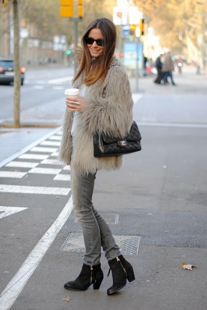 fur-jacket-skinny-jeans-ankle-boots-crossbody-bag-sunglasses-original-5429