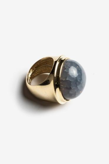 https://www.letote.com/accessories/4076-globe-ring