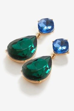 https://www.letote.com/accessories/3742-green-tear-drop-earrings