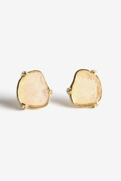 https://www.letote.com/accessories/4897-druzy-pronged-earrings