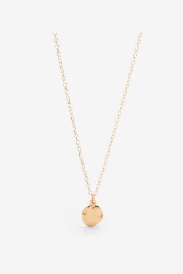 https://letote.com/accessories/3853-essentials-circle-pendant