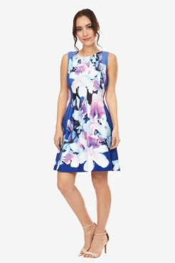 https://www.letote.com/clothing/4809-sky-floral-dress