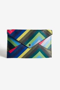 https://www.letote.com/accessories/4625-chevron-handle-clutch
