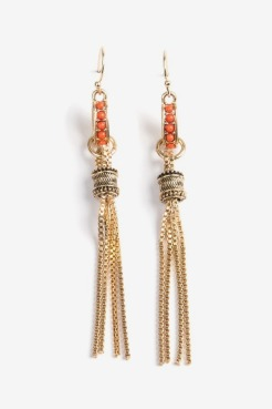 https://www.letote.com/accessories/5272-coral-fringe-earrings