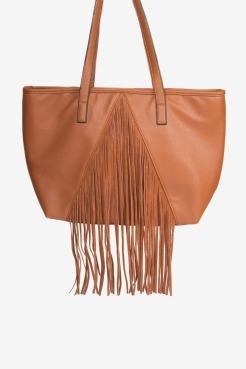 https://www.letote.com/accessories/5343-tassel-tote