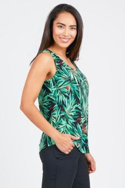 zoom_5.26.17-Adrianna-Clothing-Catalogue30425